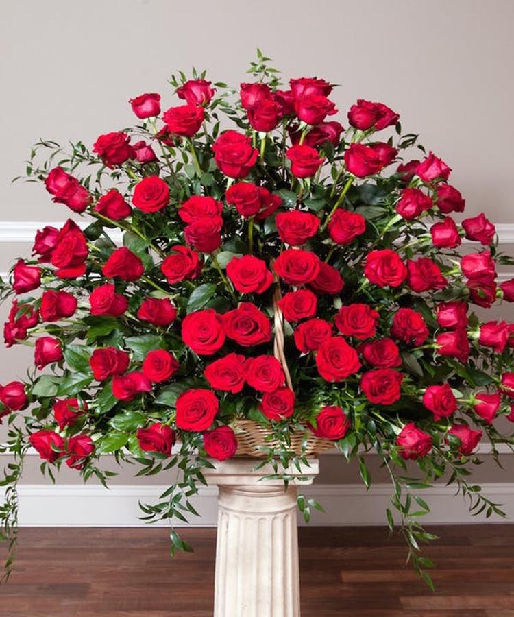 -Premium (96 Roses)