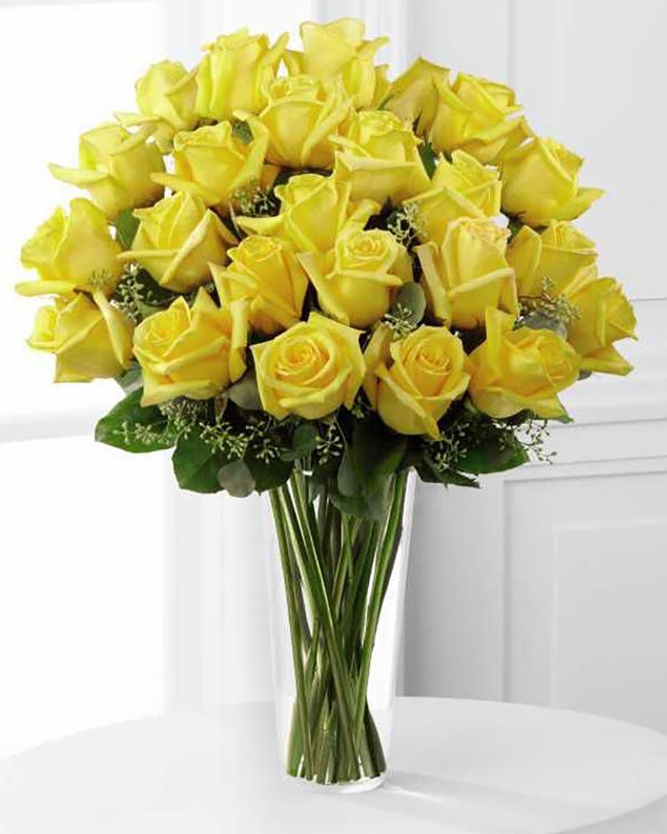 24 Yellow Roses-Standard