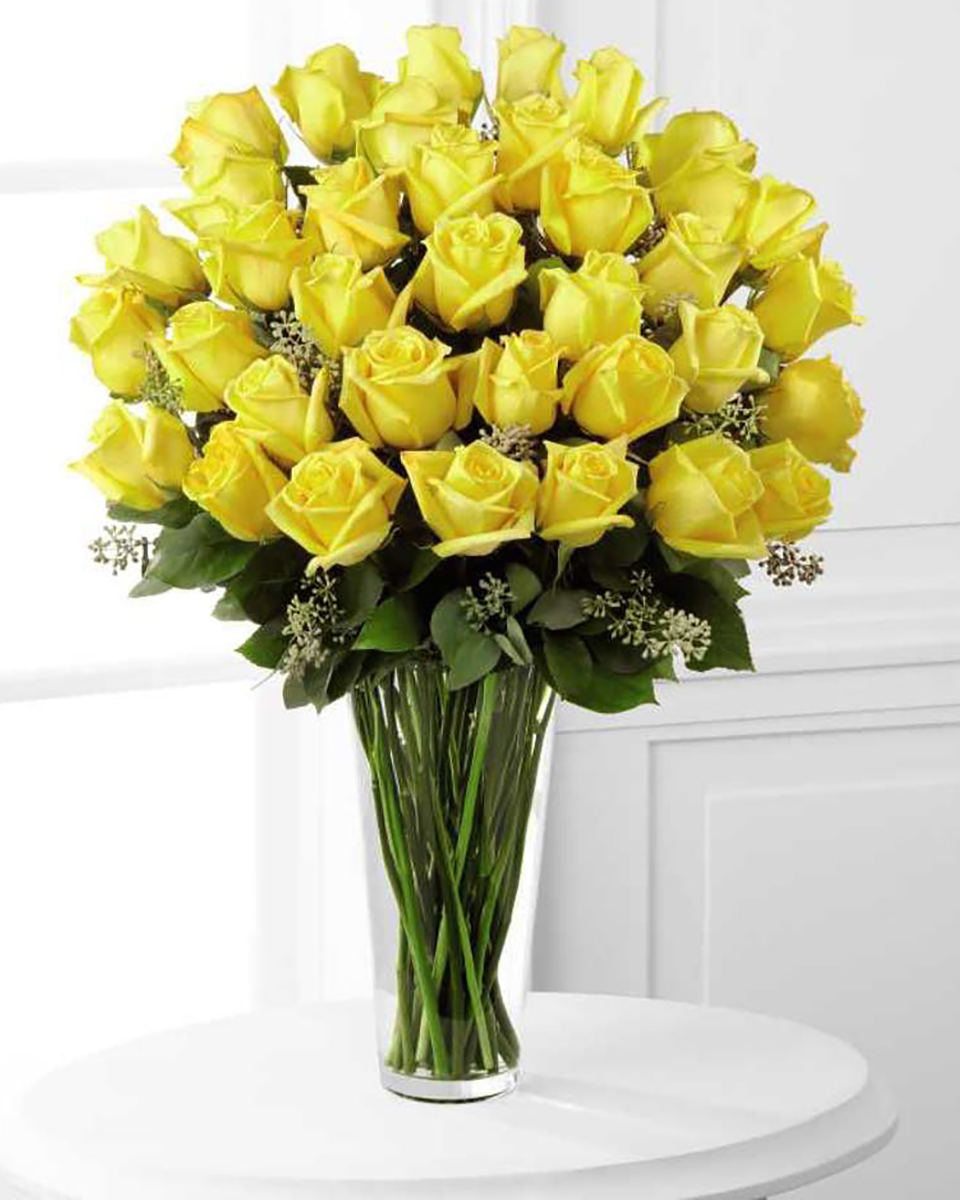 36 Yellow Roses-Standard