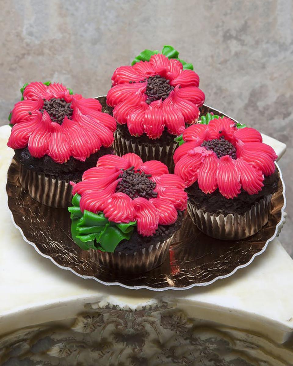 Standard-4 Cupcakes