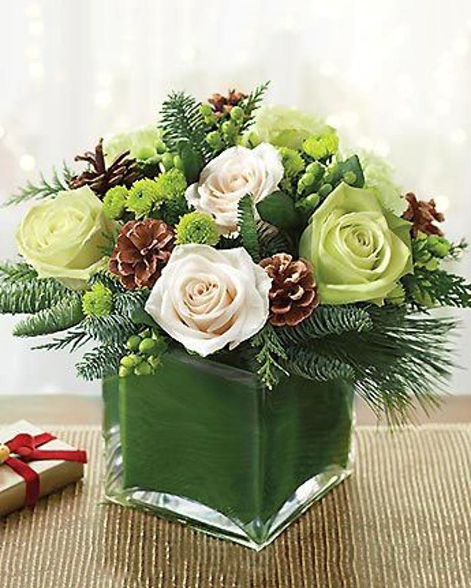 Winter Rosebuds-Standard (in a 4 x 4 inch Cube)