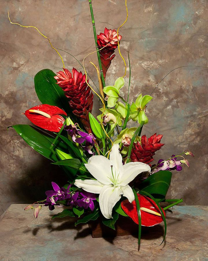 Summer is here! Make A Splash With Tropical Flowers
